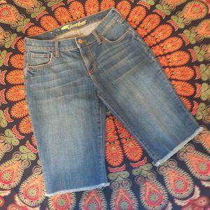 "Old Navy ""Sweetheart"" Knee Length Jeans sz 0 NWOT"
